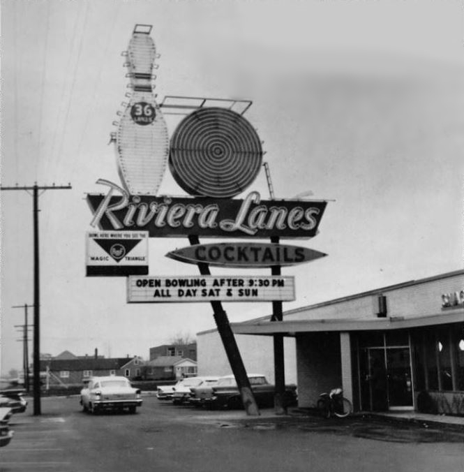 RIVIERA LANES BOWLING ALLEY MELROSE PARK