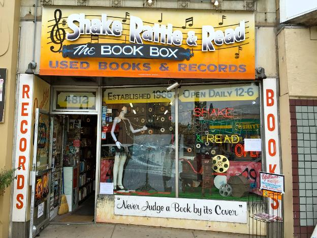 Shake Rattle & Read (The Book Box) / 4812 N. Broadway St. Chicago, IL . (1966-2016)