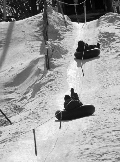 fleetwing farm tubing hill hoffman estates