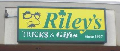 riley's tricks & gifts